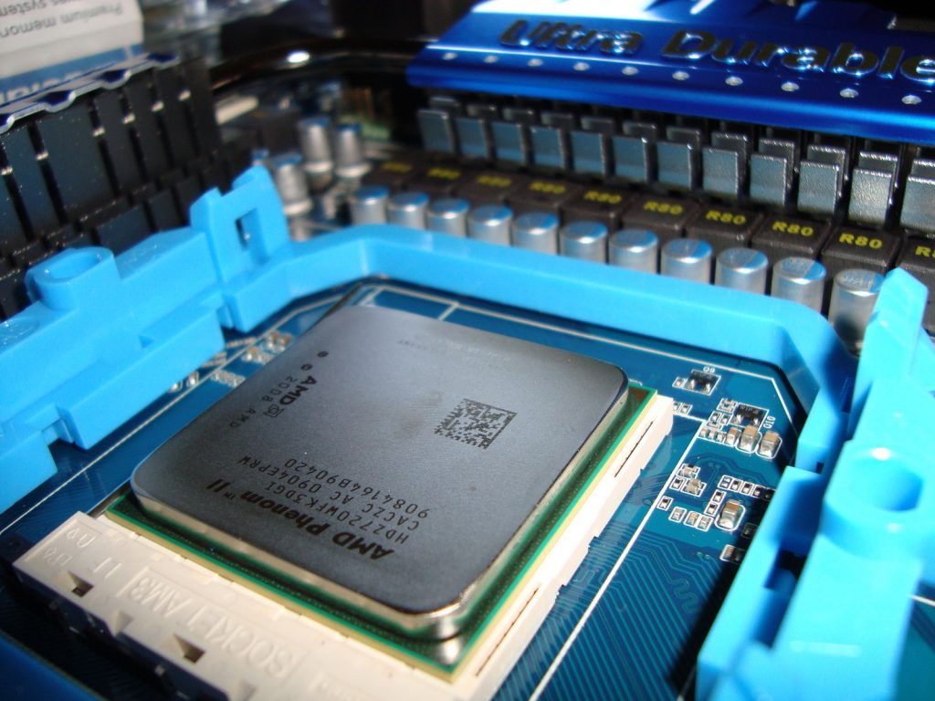 amd processor phenom inserted socket